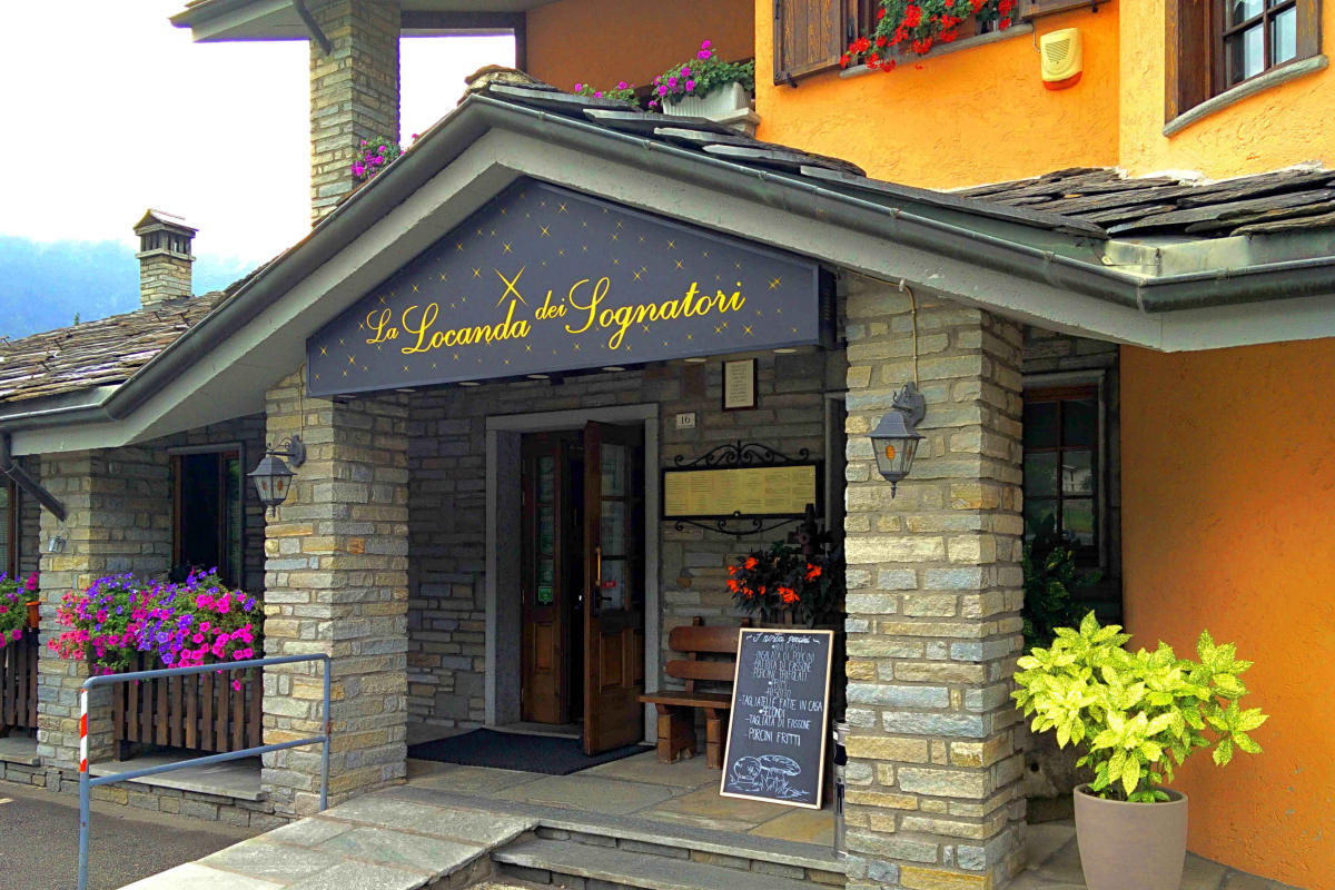 Formula mezza pensione hotel residence chateau for Hotel mezza pensione bressanone